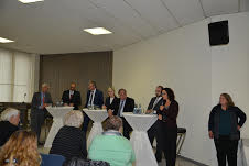 Ruth Almog addressing Mannheim Conference (2nd at right)